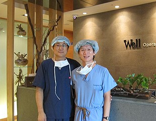 李院長至韓國Wells clinic與Dr. Ha交流